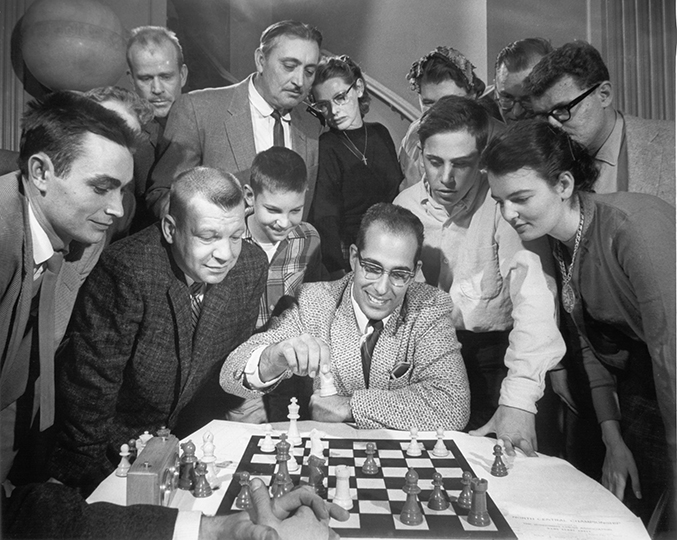 Hans Berliner Demonstrates at the 1959 North Central Open Class Chess Tournament