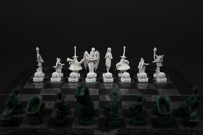 Tim Burton's The Nightmare Before Christmas Collector's Chess Set, 2018