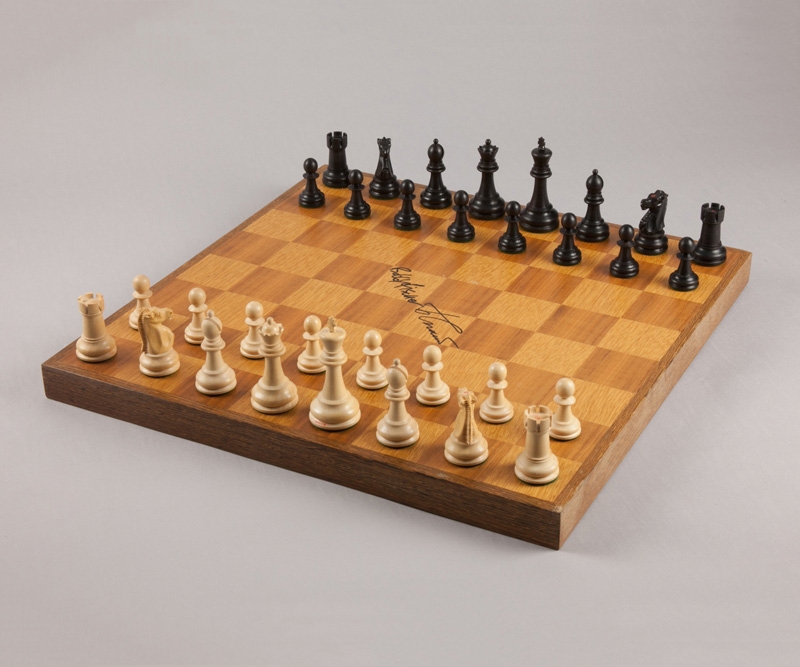 Spassky-Fischer Signed Board & Pieces