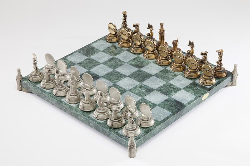 F.O.R.T., Coca-Cola Collectors Edition Chess Set, 1955