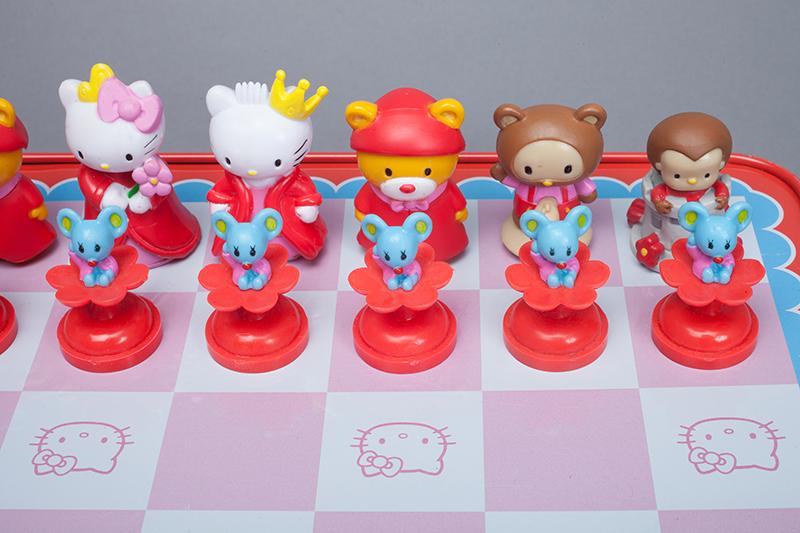Sababa Toys/Sanrio, Hello Kitty Chess Game in Deluxe Collector Tin, 2004