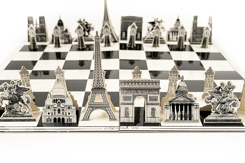 Jeu d'Échecs de Paris Monumental Chess Set, 1990