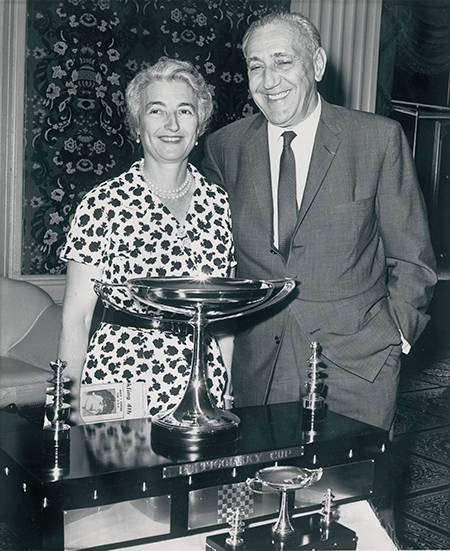 Jacqueline and Gregor Piatigorsky at the First Piatigorsky Cup