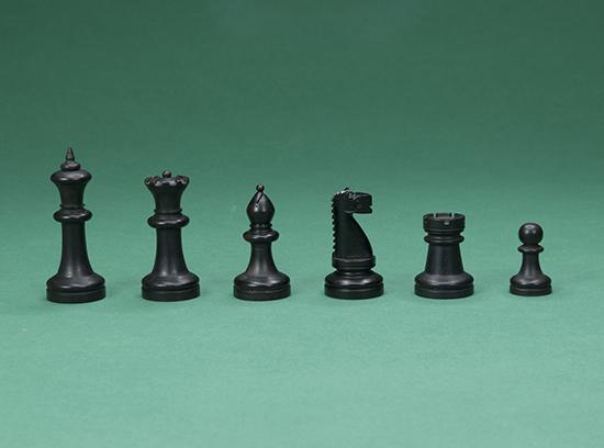 Staunton Style Chess Set, c 1900s