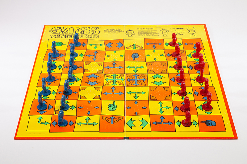 Smess: The Ninny's Chess Set, 1970