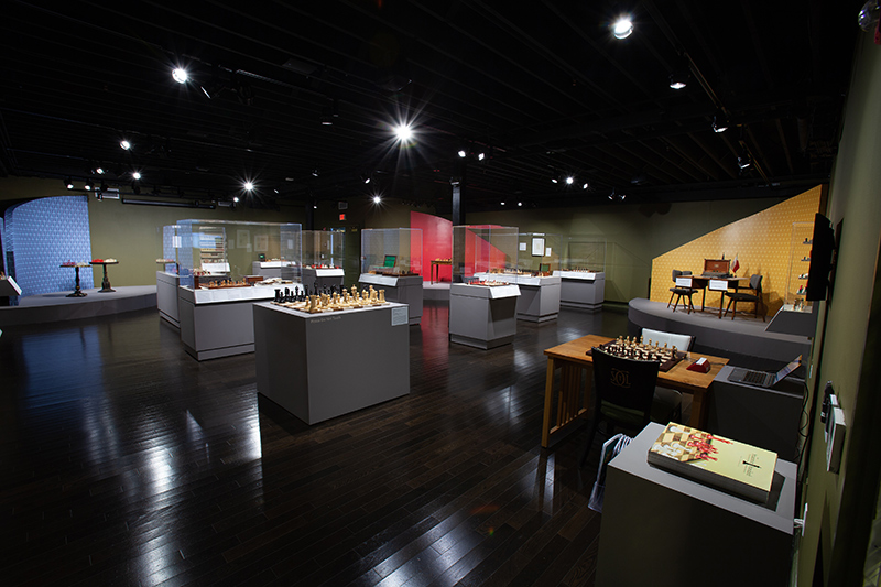 The Staunton Standard: Evolution of the Modern Chess Set Gallery View