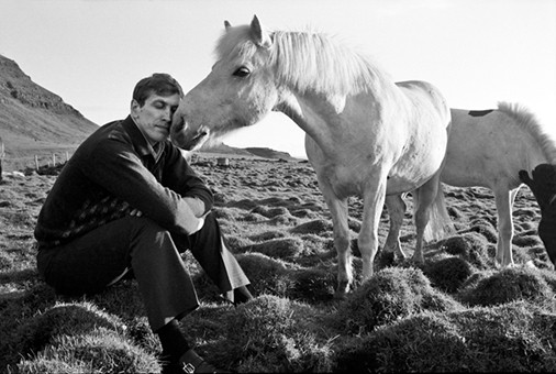 bobby-kissed-by-a-horse-iceland-1972