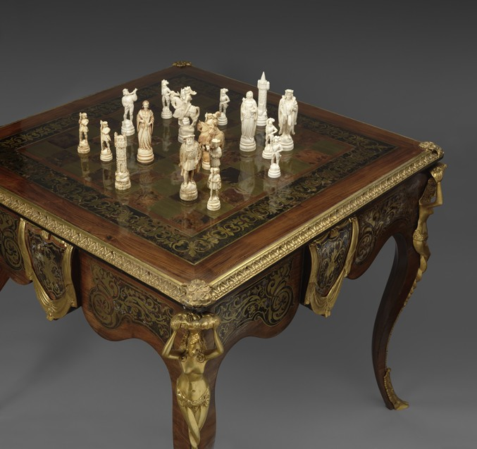 ... Islamic Ivory Chess Set. It Complements The Scrolling Vine And Stylized  Floral Patterns On The Surface Of The Indian Brass Inlaid Hardwood Chess  Table.
