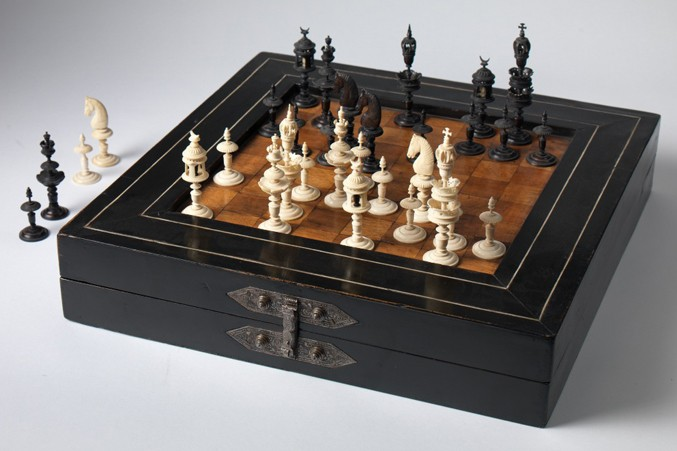 german-walnut-fruitwood-and-ebonised-chess-and-backgammon-board-boxbwhite677
