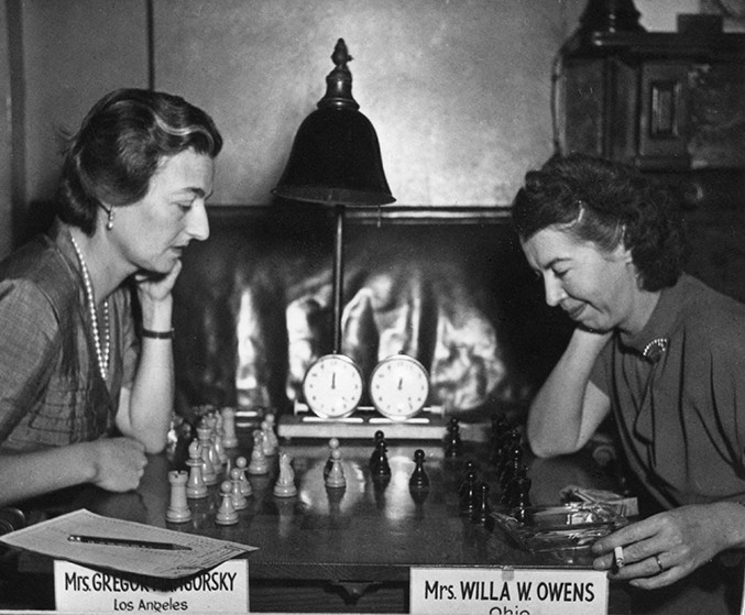 jacqueline-piatigorsky-and-willa-owens-1951-us-womens-championship