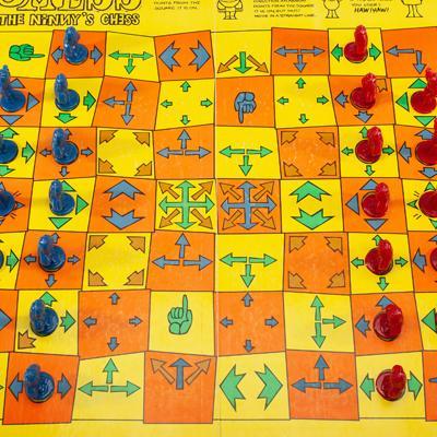 Smess Novelty Chess Set