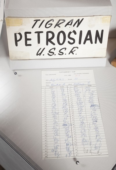 tigran-petrosian-name-card-and-round-10-scoresheet-9836
