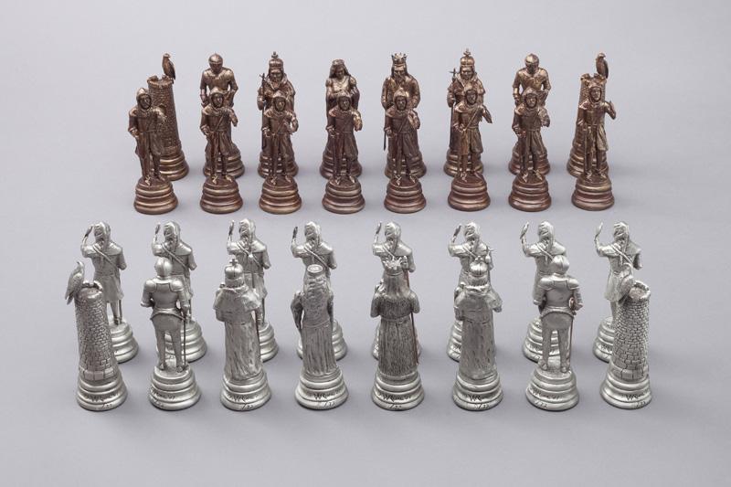 Falconry Chess Set