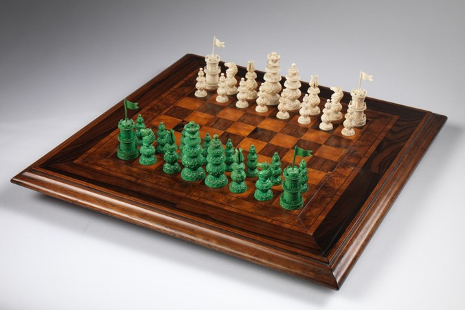 victorian-wooden-chess-tablebwhite677